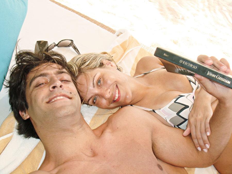 Com Átila, piloto de StockCar, seu namorado, nas Maldivas no ano passado