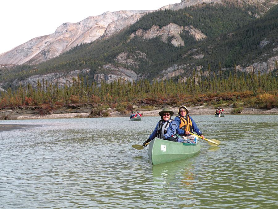 Atividade e exercício diário: remar em canoa canadense por três horas