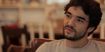 Caio Blat faz desabafo sobre a política no Brasil