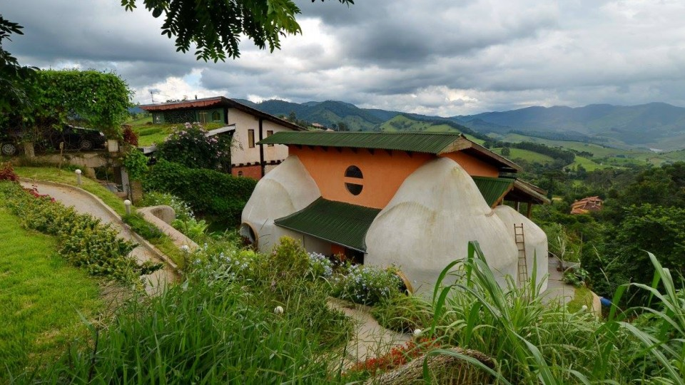 Modelo das casas que serão construídas no Carnabarro