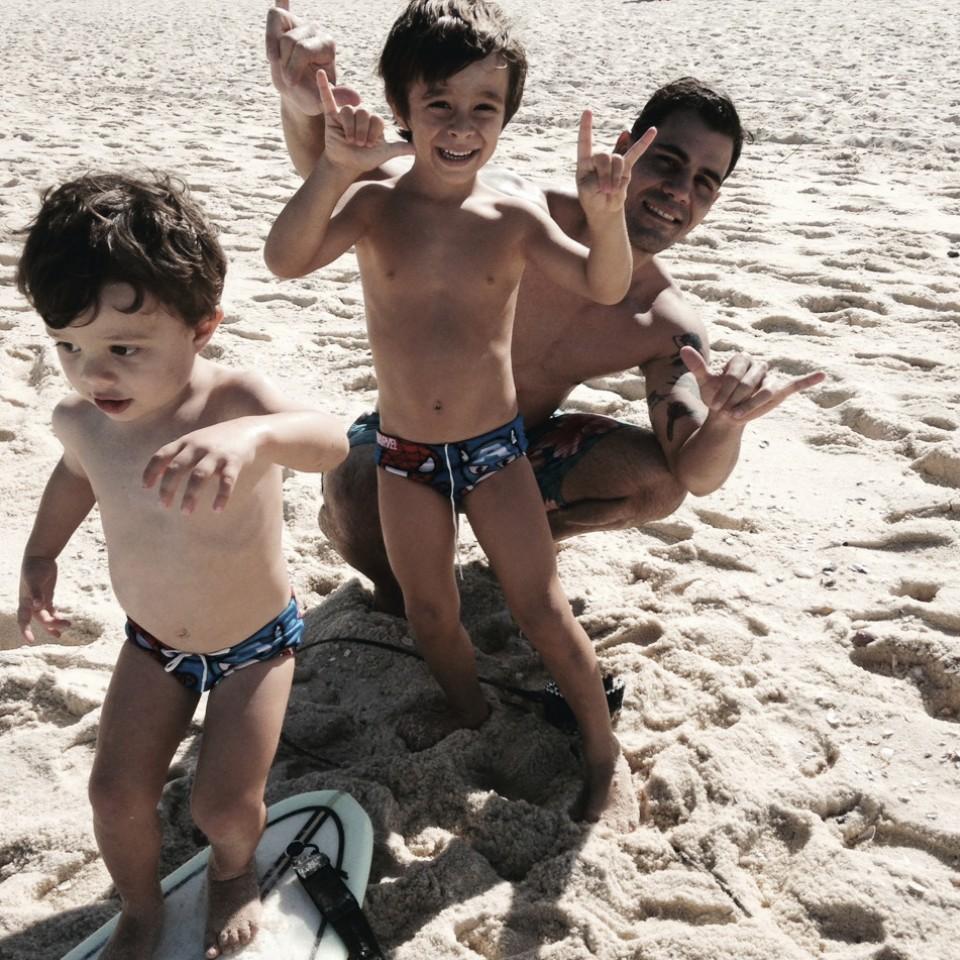 Com os filhos, Vicente, 5 anos, e Inácio, 3