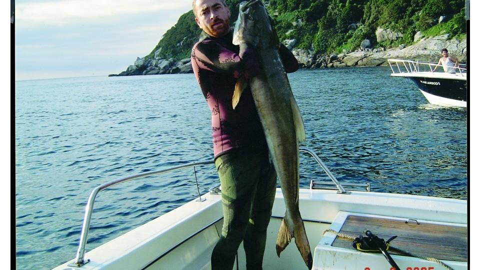 Atala e sua Moby Dick: o peixe raro Ibijupirá que pescou no dia de seu aniversário