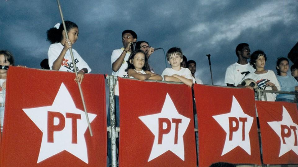 Aos 6 anos, num comício de Lula, em Salvador, em 1989