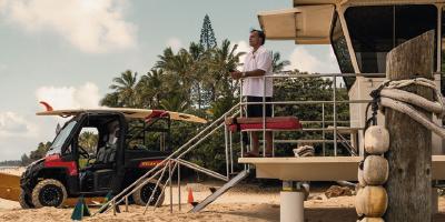 Vitor Marçal, brasileiro e um dos maiores salva-vidas do Havaí