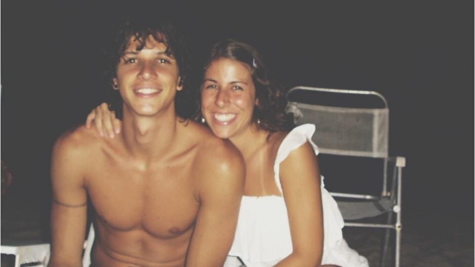 Maria Laura e Rafael Losso na Barra do Una, litoral de São Paulo, em 2005