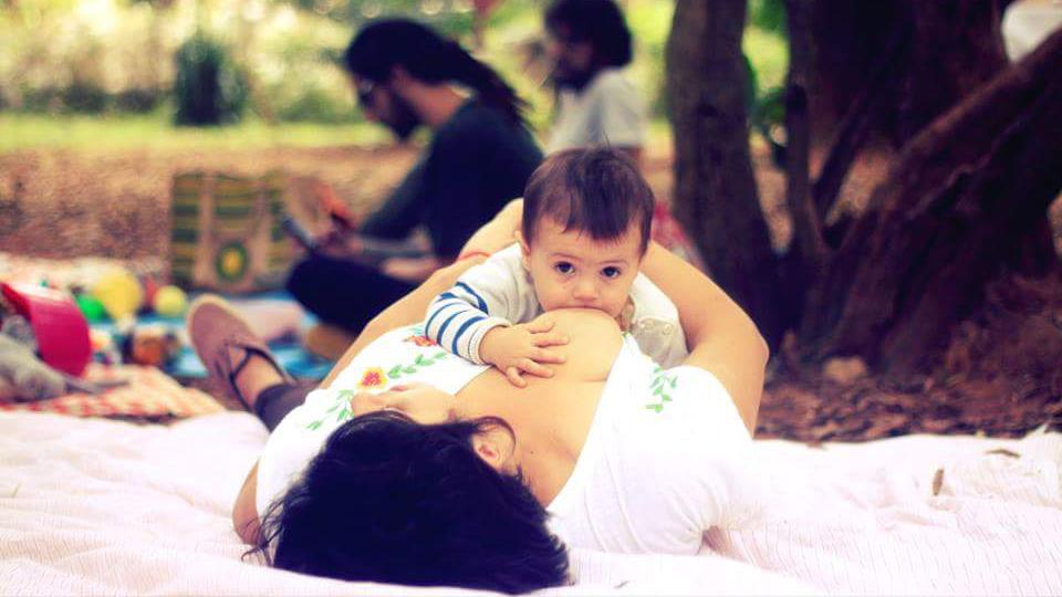 Thaiz e o filho, Vicente