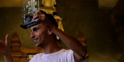 Lucas Afonso, semifinalista de competição de Slam em Paris