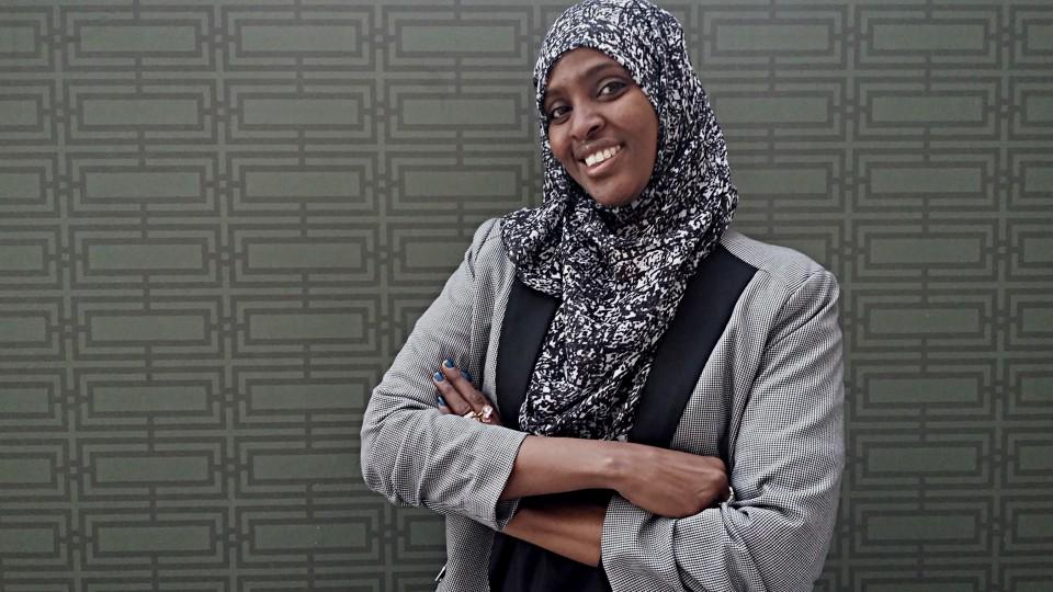 Ifrah Ahmed sonha com um mundo no qual nenhuma menina seja submetida à mesma violência que ela sofreu