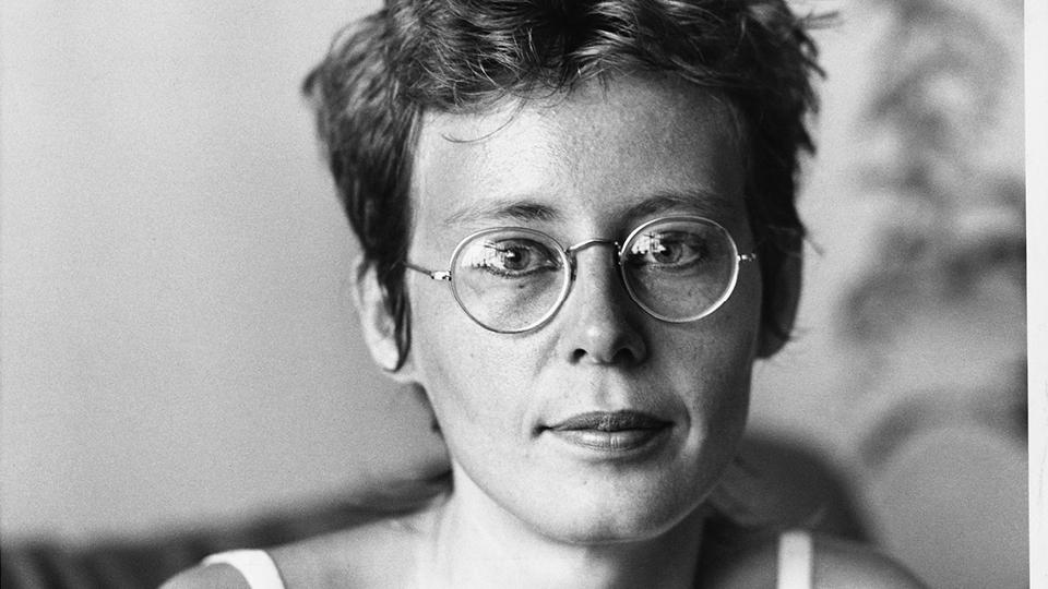 Ana Cristina Cesar, s.l., fev. 1983  Fotógrafo não identificado / Acervo Ana Cristina Cesar / IMS