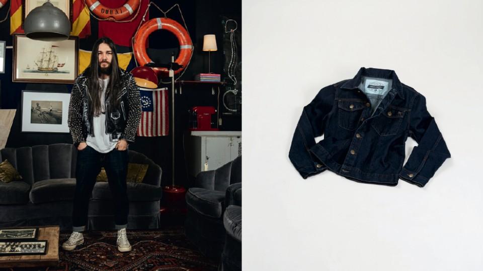 MODELO - Fábio veste: Jaqueta acervo pessoal; Camiseta À La Garçonne; Calça Levi's; Tênis Converse; Acessórios À Lá Garçonne. JAQUETA - West Coast R$ 350