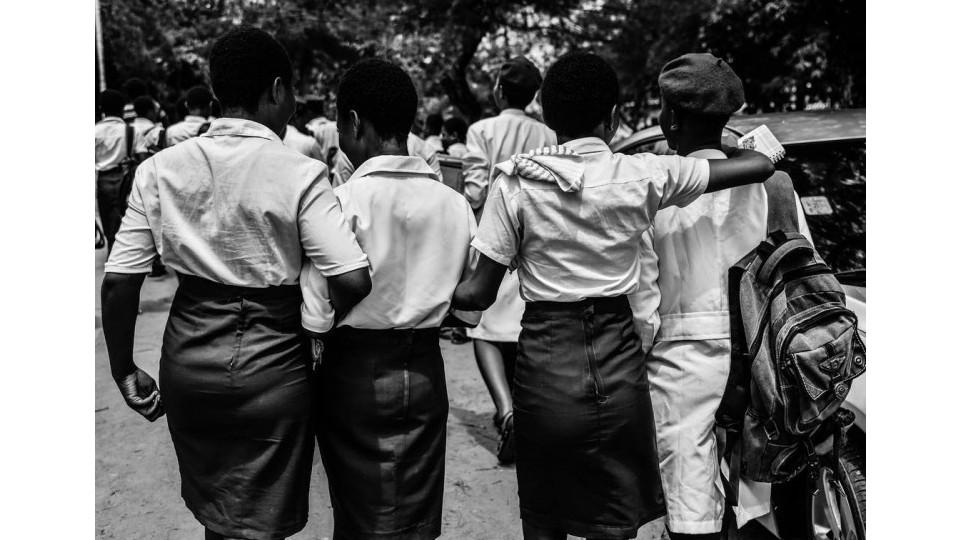 Foto para a campanha Lade@StandToEndRape.org, contra a violência sexual sofrida por mulheres