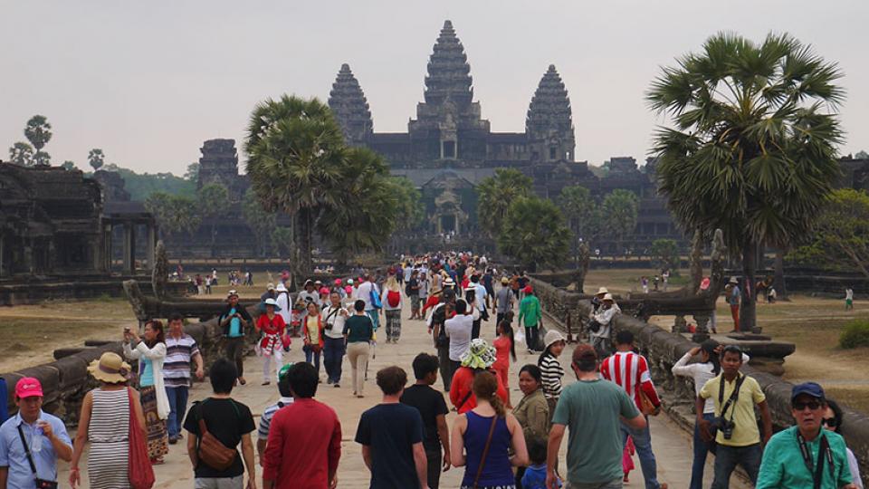 na chegada a Angkor Wat, no Camboja