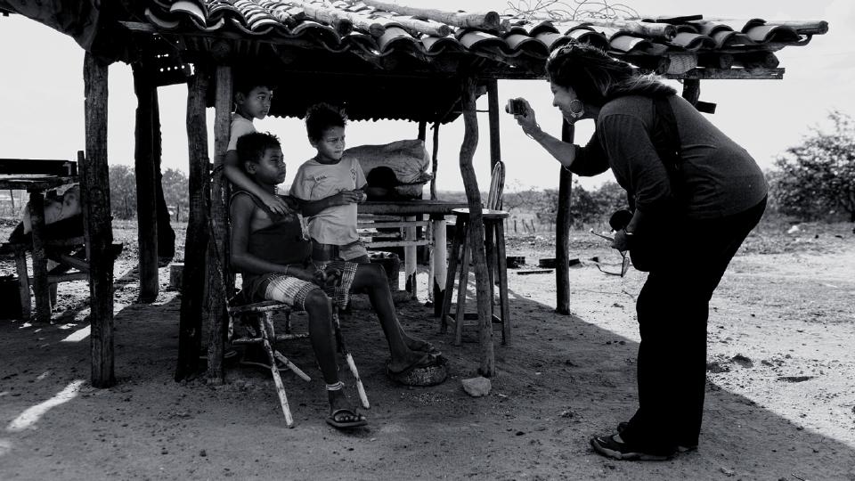 Marinalva com crianças de João Câmara, no Rio Grande do Norte
