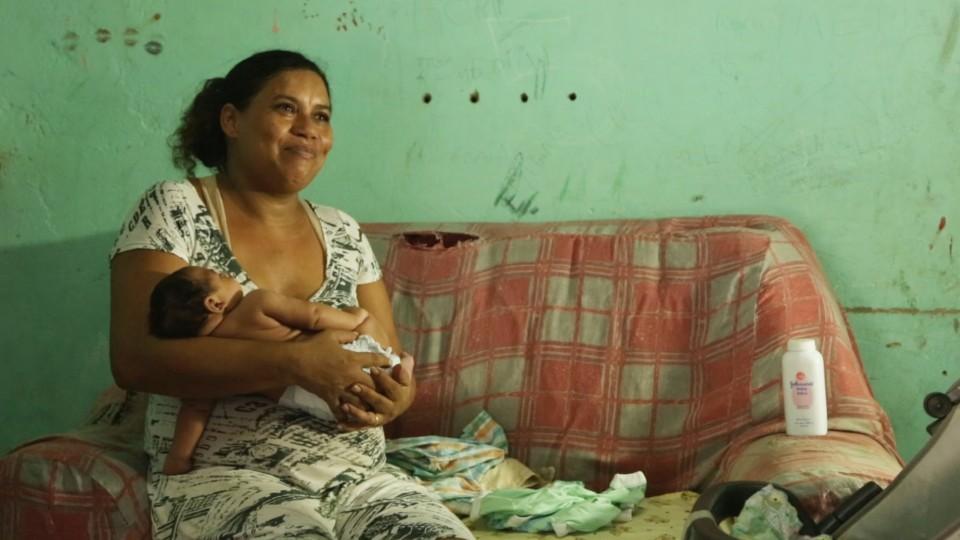 Alessandra e Samuel são personagens do documentário Zika