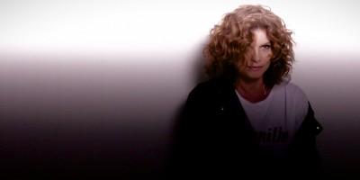 """Debora Bloch: """"Vivemos um momento perigoso"""""""