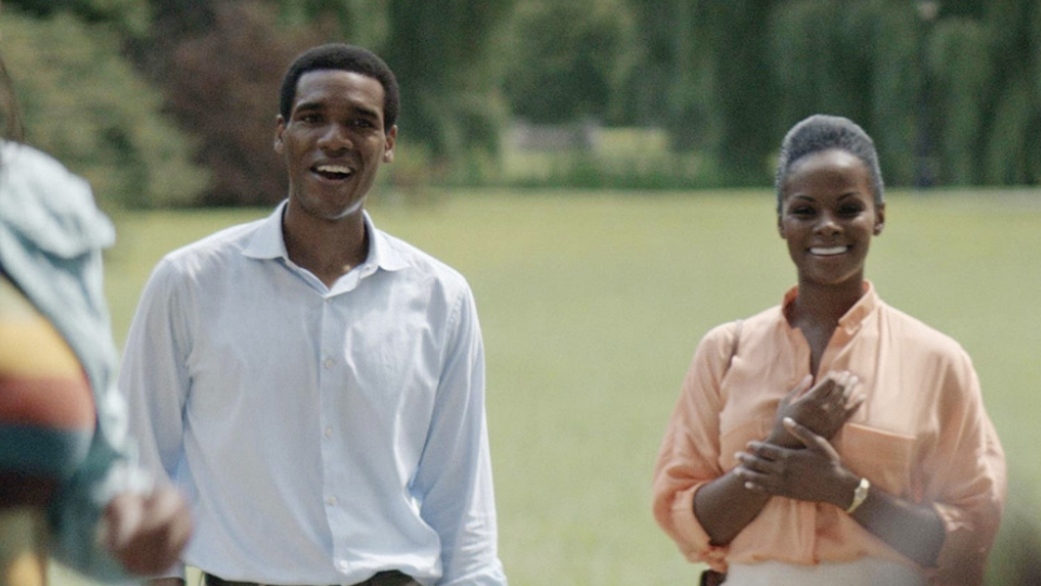 Parker Sawyers no papel de Barack Obama