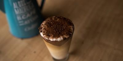 Receita Leo Bressan: Latte Macchiato com Creme de Avelã
