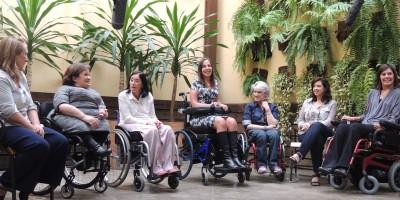 Mulheres com deficiência: discriminação dupla