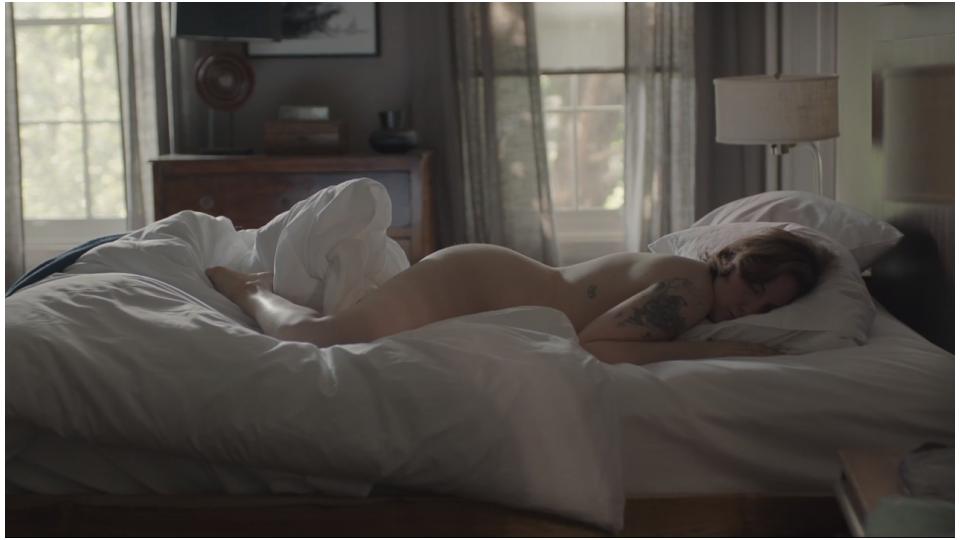 Lena Dunhan em uma das cenas de Girls vivendo Hannah