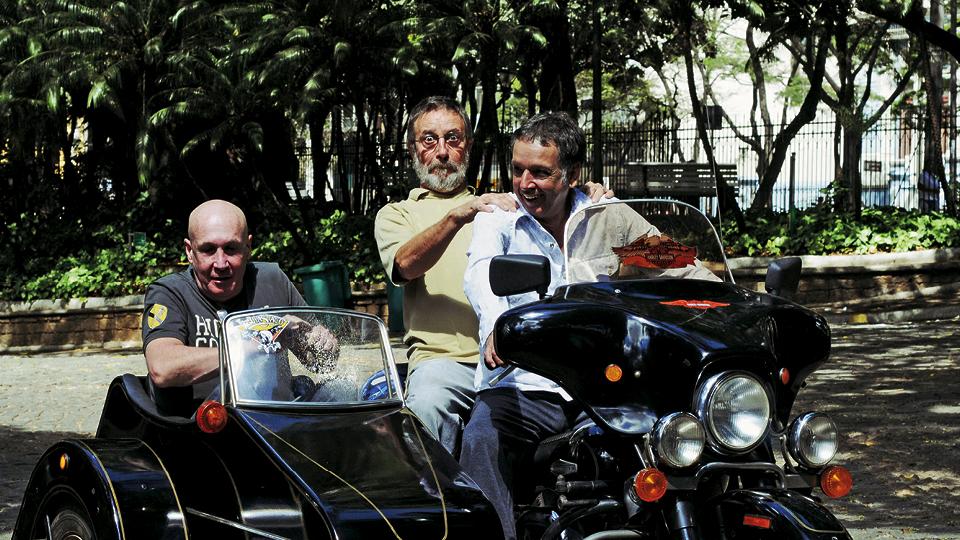 Eduardo Bastos (side car), Polé (garupa) e Arnaldo em Belo Horizonte