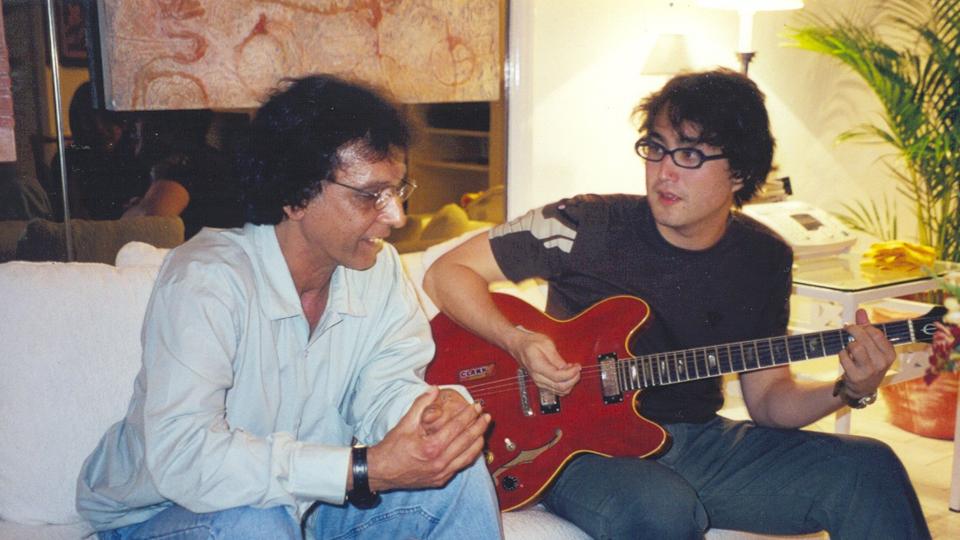 Ainda durante o Free Jazz, Sean e Arnaldo em momento de ensaio mais informal