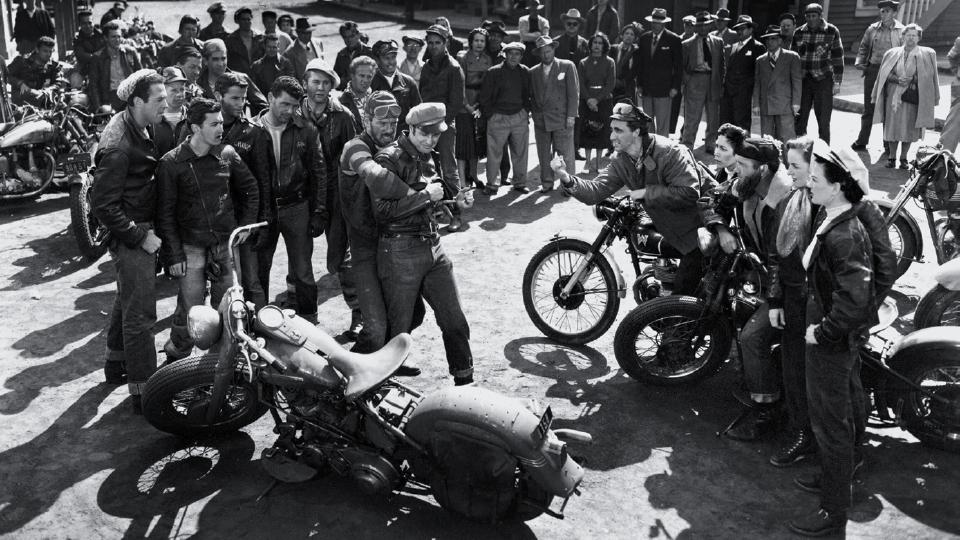 Imagem do livroimagem do livro The chopper: a motocicleta se tornou um símbolo do sonho americano de liberdade The chopper