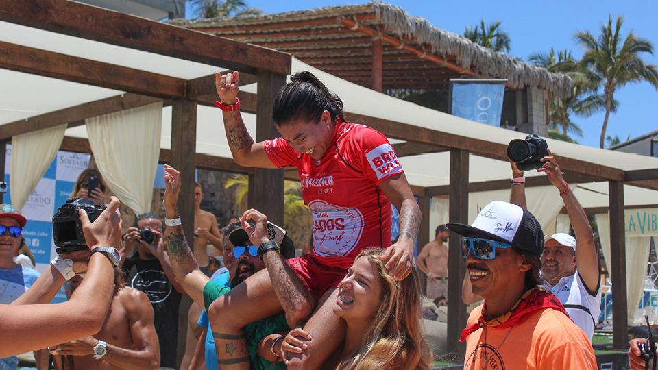Silvana Lima, única brasileira na elite do surfe competitivo, vence etapa da divisão de acesso do circuito mundial em Los Cabos, no México, em junho passado