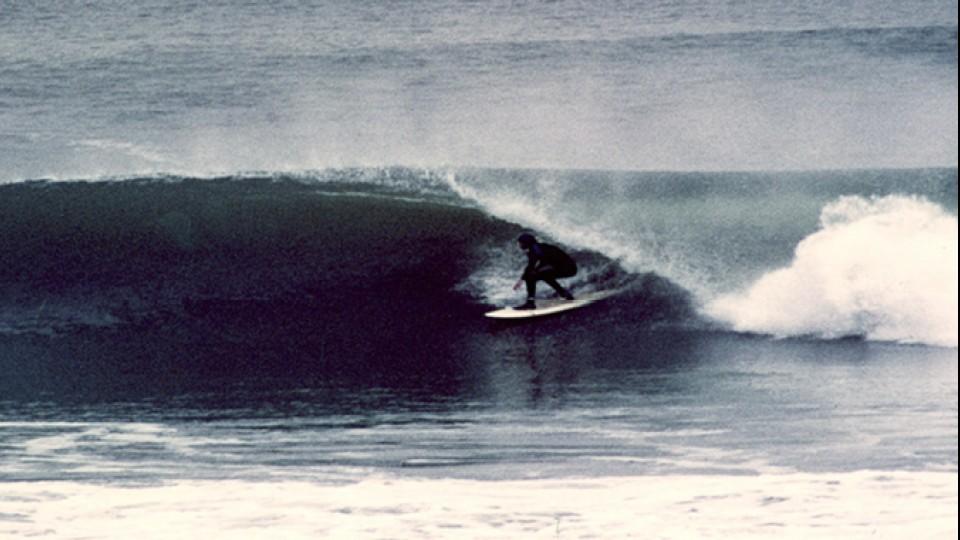 William surfando em Ocean Beach, São Francisco, em 1985