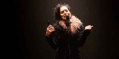 Letícia Sabatella vai viver (e cantar) Piaf