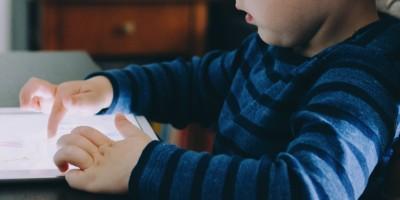 Crianças x tecnologia