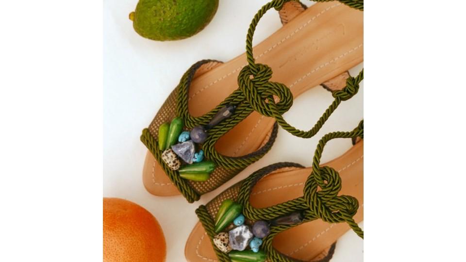 Um dos sapatos confeccionados por Lane Marinho