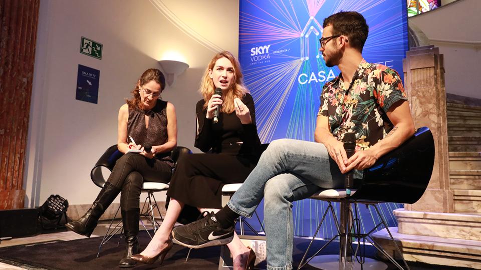 Durante o master talk, a atriz Jamie Clayton falou sobre a importância de se sentir parte de uma família, ainda que ela não seja biológica.