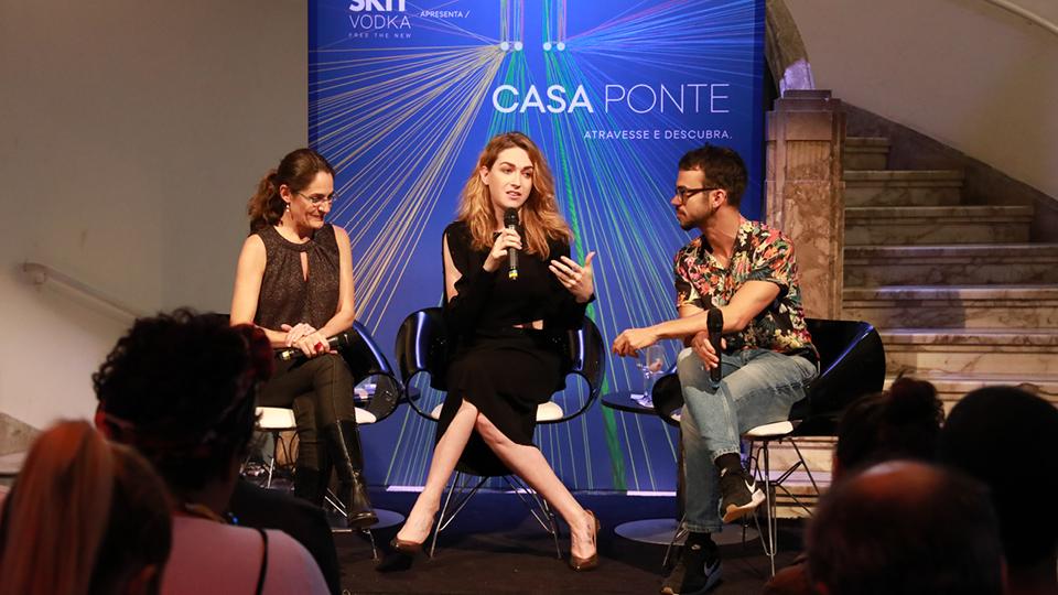"""""""Eu estou aqui e sou fabulosa"""", afirmou a atriz, sobre a importância da representatividade LGBT"""