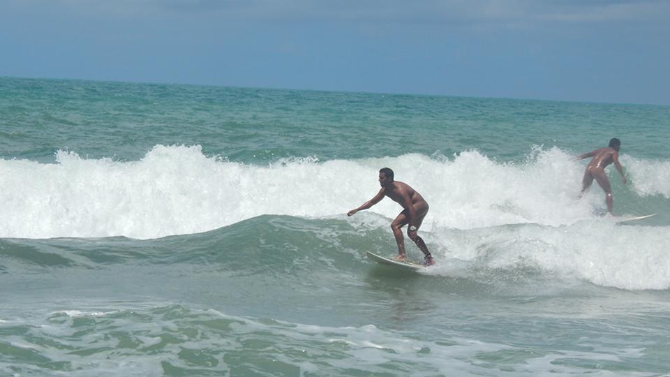 Tambaba Open de Surf Naturista, na Paraíba