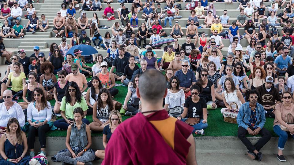 Lama Michel fala sobre a importância de administrar o tempo pessoal e olhar para si próprio por meio da meditação