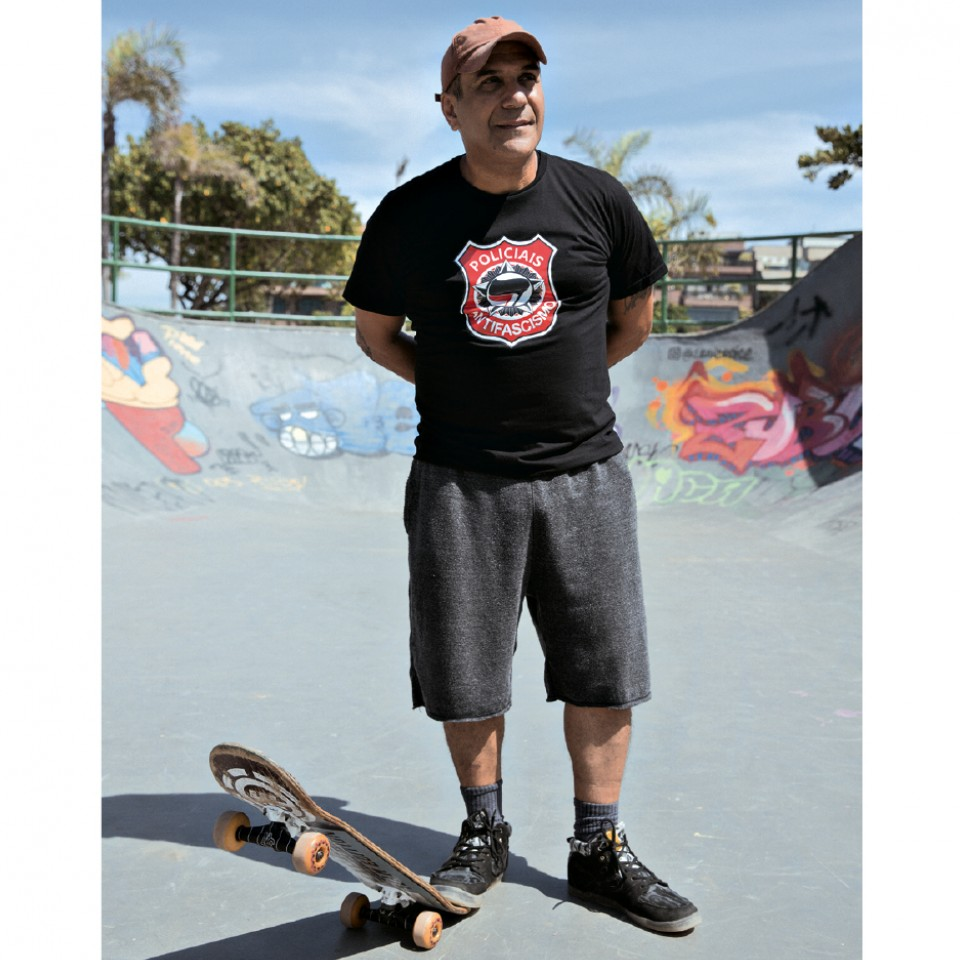Zaccone ainda anda de skate