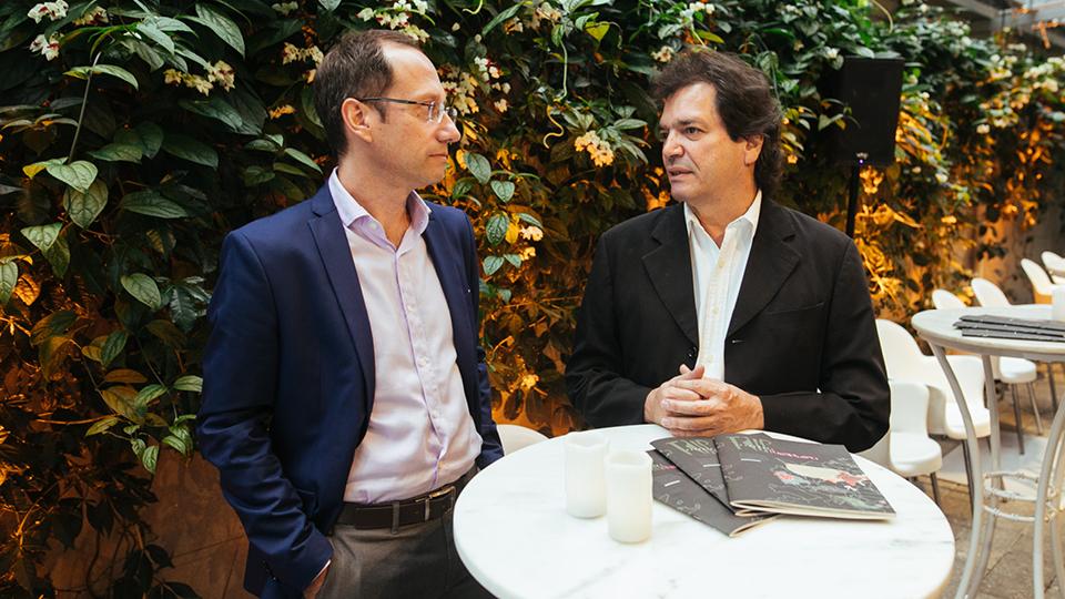 Stevens Rehen e Luiz Alberto Oliveira