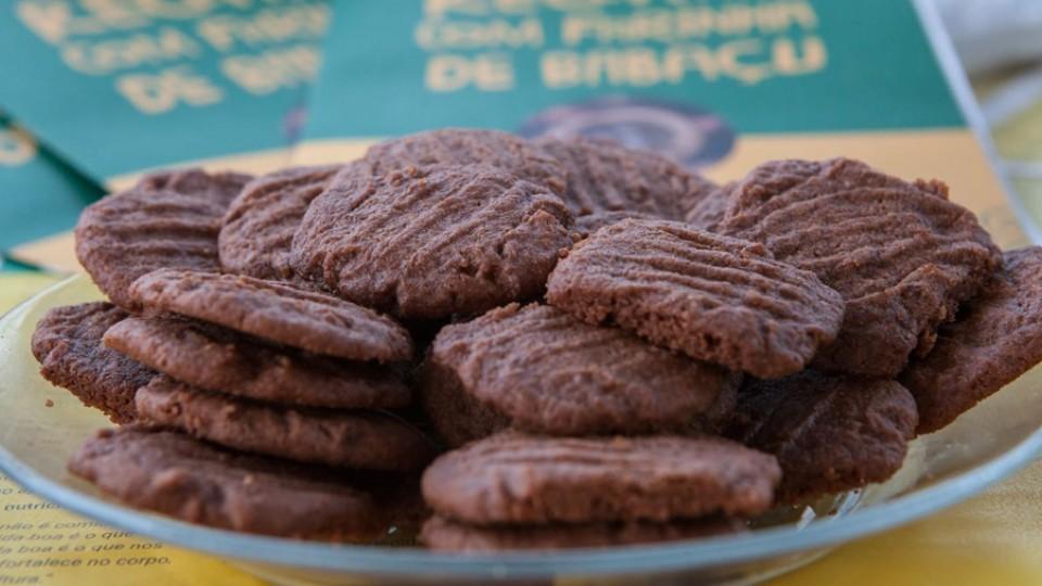 Biscoito preparado com farinha de babaçu