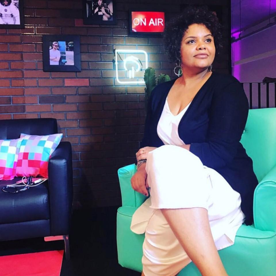 Egnalda Côrtes criou um negócio para impulsionar youtubers negros incentivada por um pedido de seu filho, o PhCôrtes