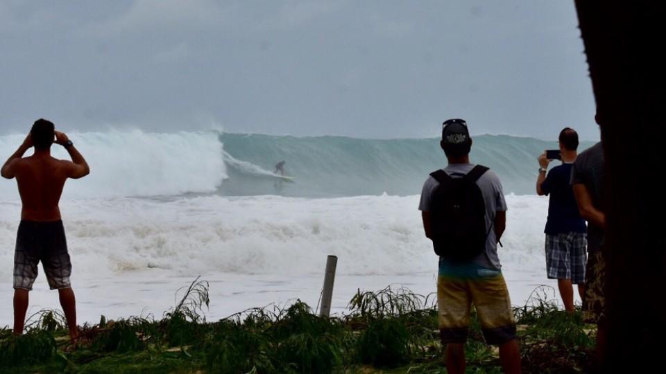 Marcos Monteiro dropando na Cacimba do Padre