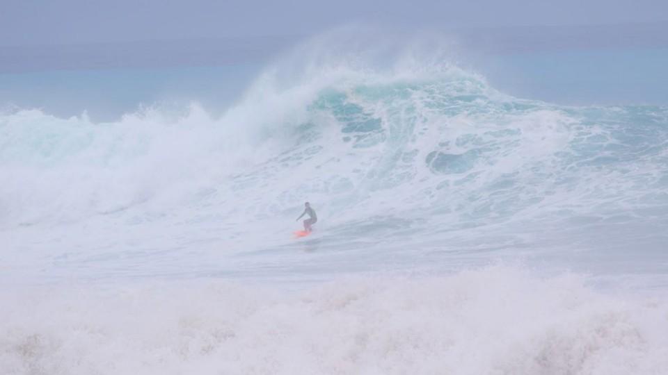 """Armando Daltro enfrentou as ondas da Cacimba do Padre: """"Eu nunca tinha visto um mar como aquele"""""""