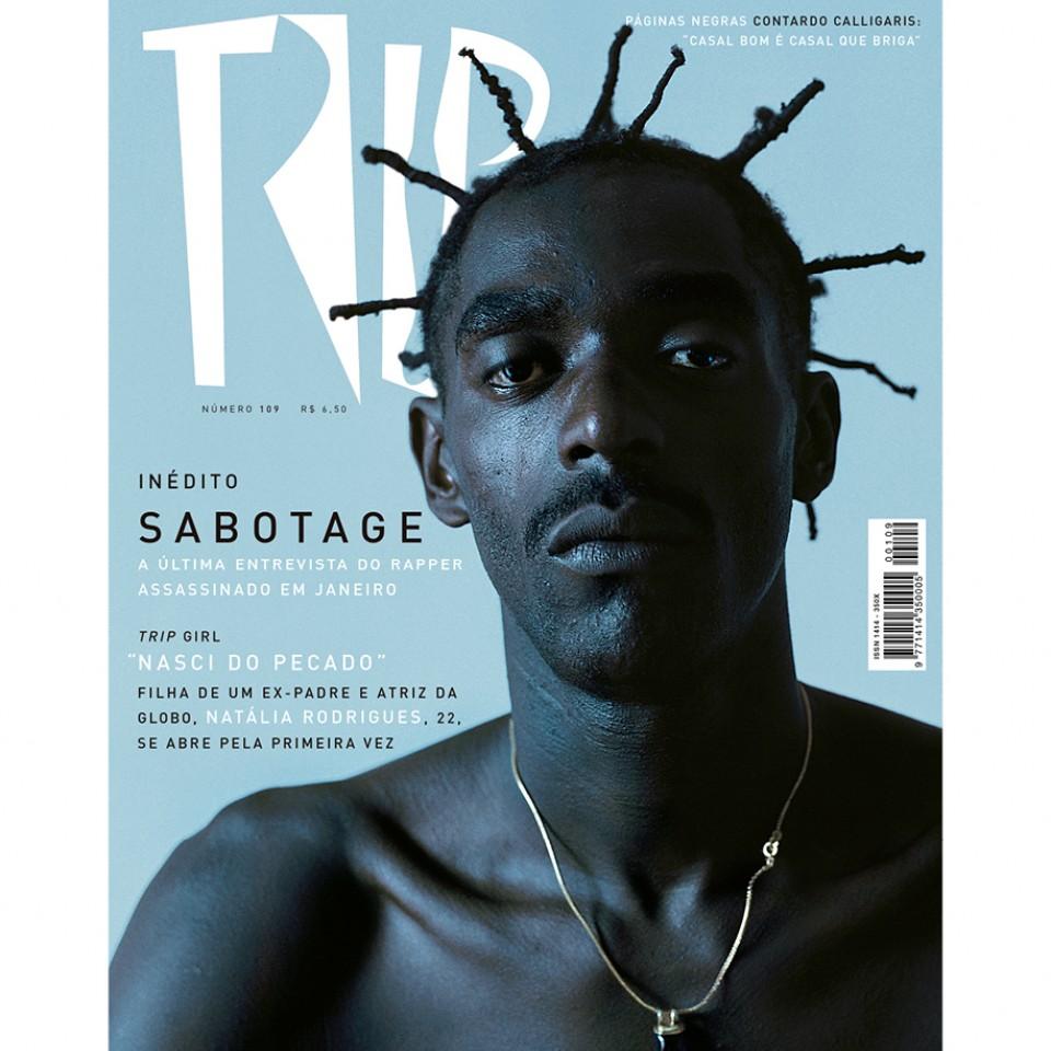 Capa da Revista Trip de março de 2003, com retrato clássico de Marcio Simnch, fotógrafo convidado para recriar o mesmo ensaio, agora com Karol Conka