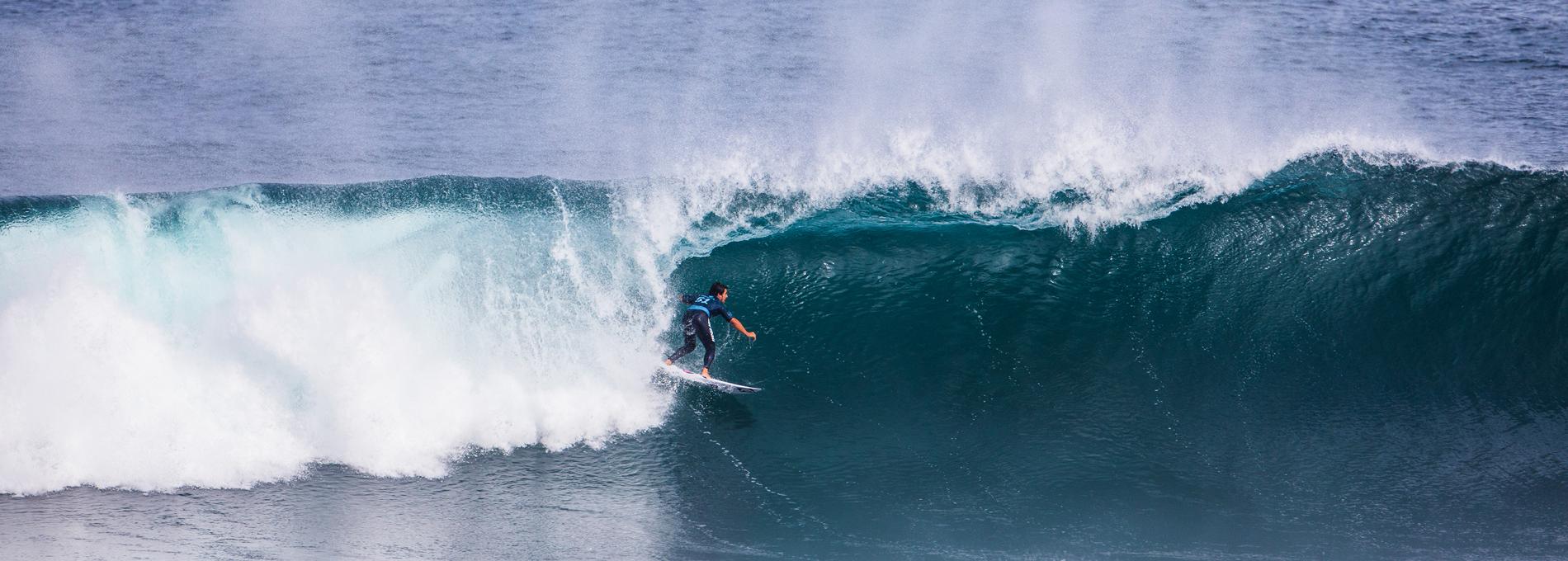 Circuito Mundial De Surf : Surfistas brasileiros são acusados de provocar o cancelamento de