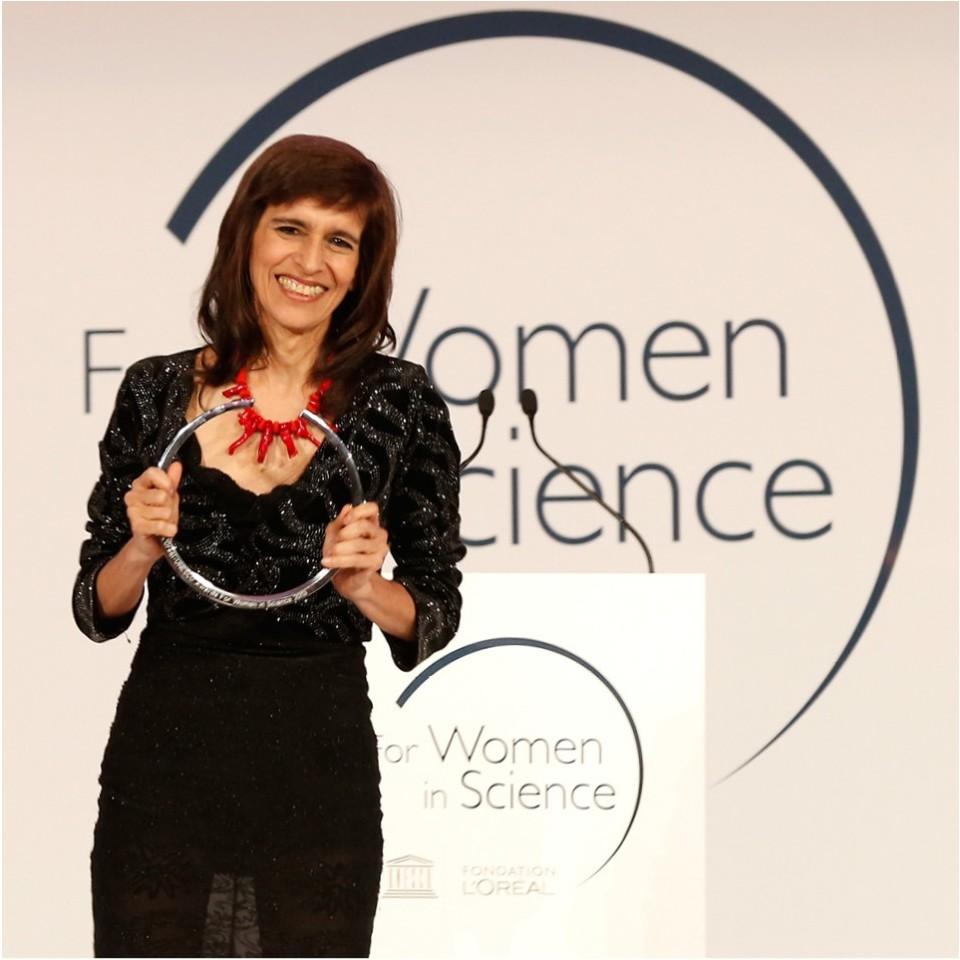 Marcia Barbosa recebeu o Prêmio L'Oréal-Unesco para mulheres na ciência, em 2013