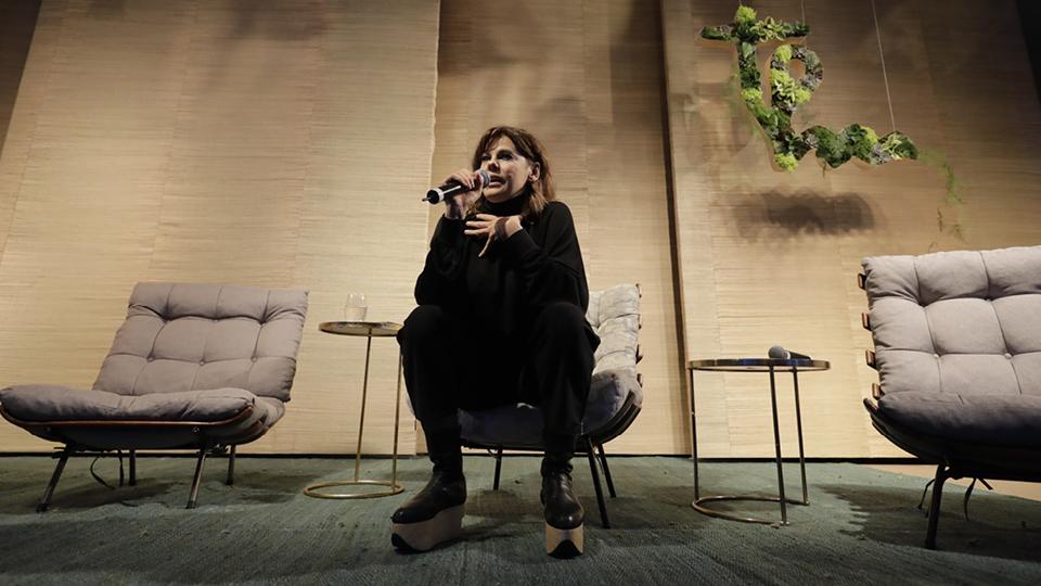 Fechando o primeiro dia de Casa Tpm 2018,  Bárbara Paz falou por cinco minutos sobre a liberdade