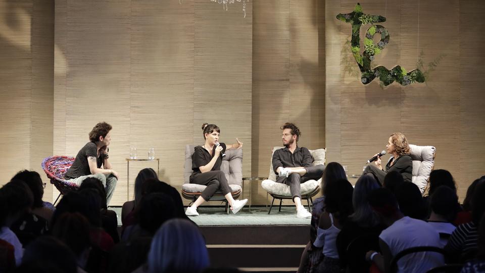 O casal formado pela atriz Tainá Müller e o diretor Henrique Sauer abriu sua intimidade em um papo com a terapeuta Tai Castilho sobre o futuro dos relacionamentos