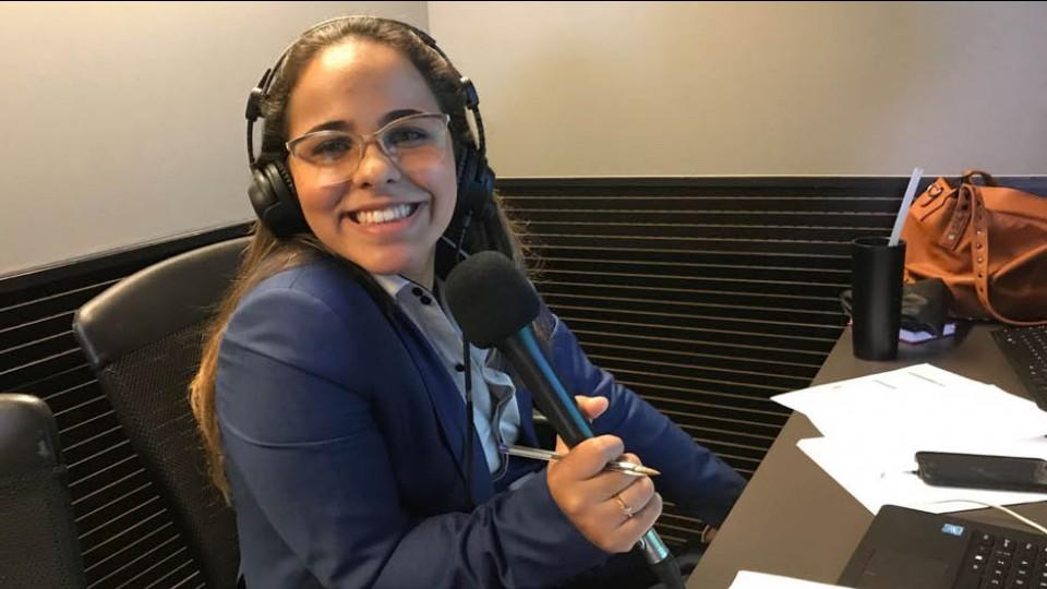 Isabelly Morais, primeira mulher a narrar uma Copa do Mundo na televisão brasileira