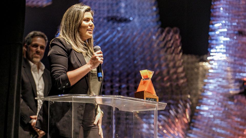 Aline Landim, homenageada pelo prêmio Gol Novos Tempos