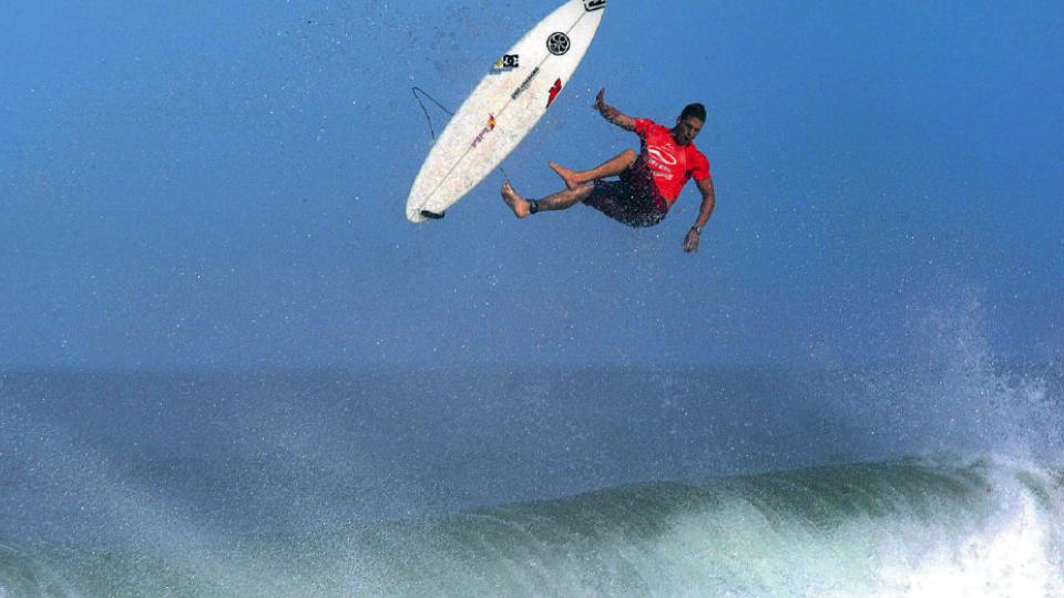 Andy Irons, no Havaí, em 2002, ano em que se tornou campeão mundial.