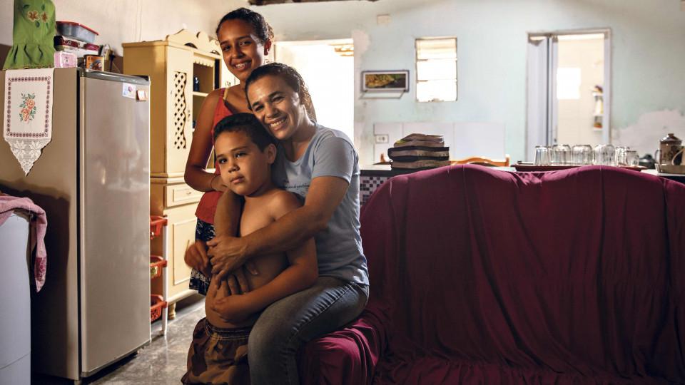 Maria Aparecida Sousa e família